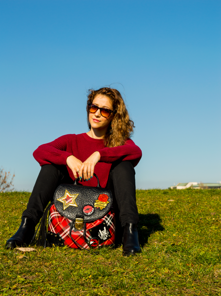 sitting-grass-rocknroll
