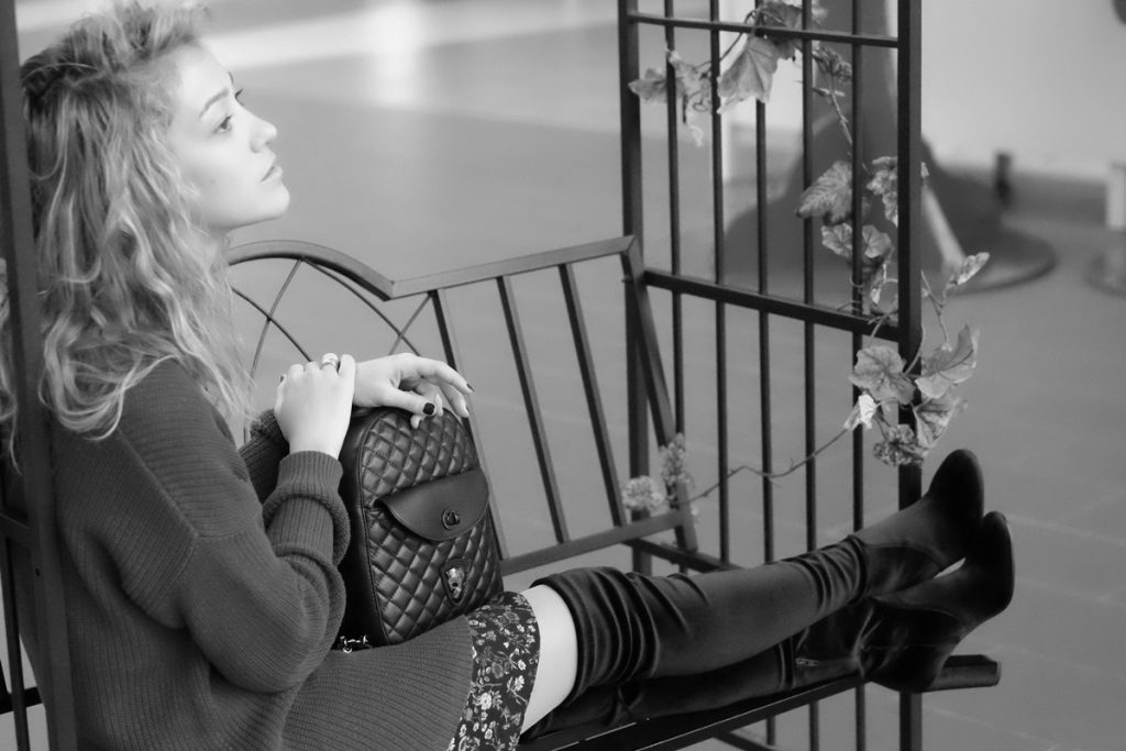 black-white-over-the-knee-boots